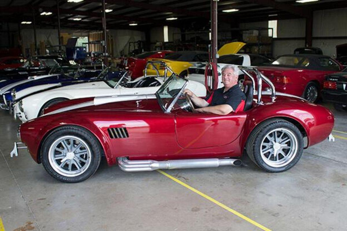 High-performance replica custom Cobra Roadster